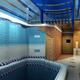 Потолки в бассейне